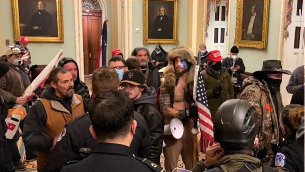 Riot mob in the halls of the US Capitol